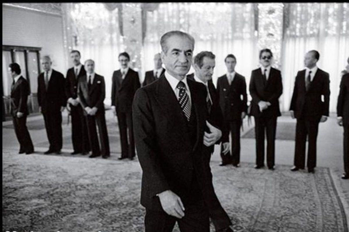فیلم: باختهای میلیونی محمدرضا پهلوی در قمار!