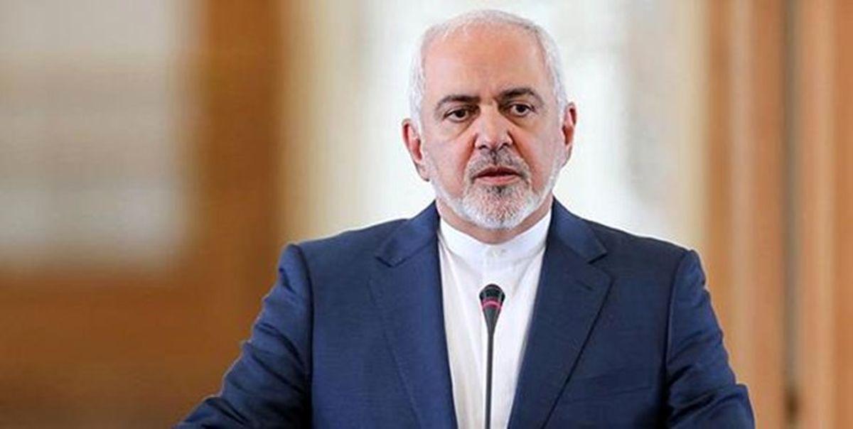 ظریف: مصوبه مجلس برای لغو تحریمها قانون است
