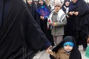 حضور کودک ۳ ساله در راهپیمایی ۲۲ بهمن اصفهان
