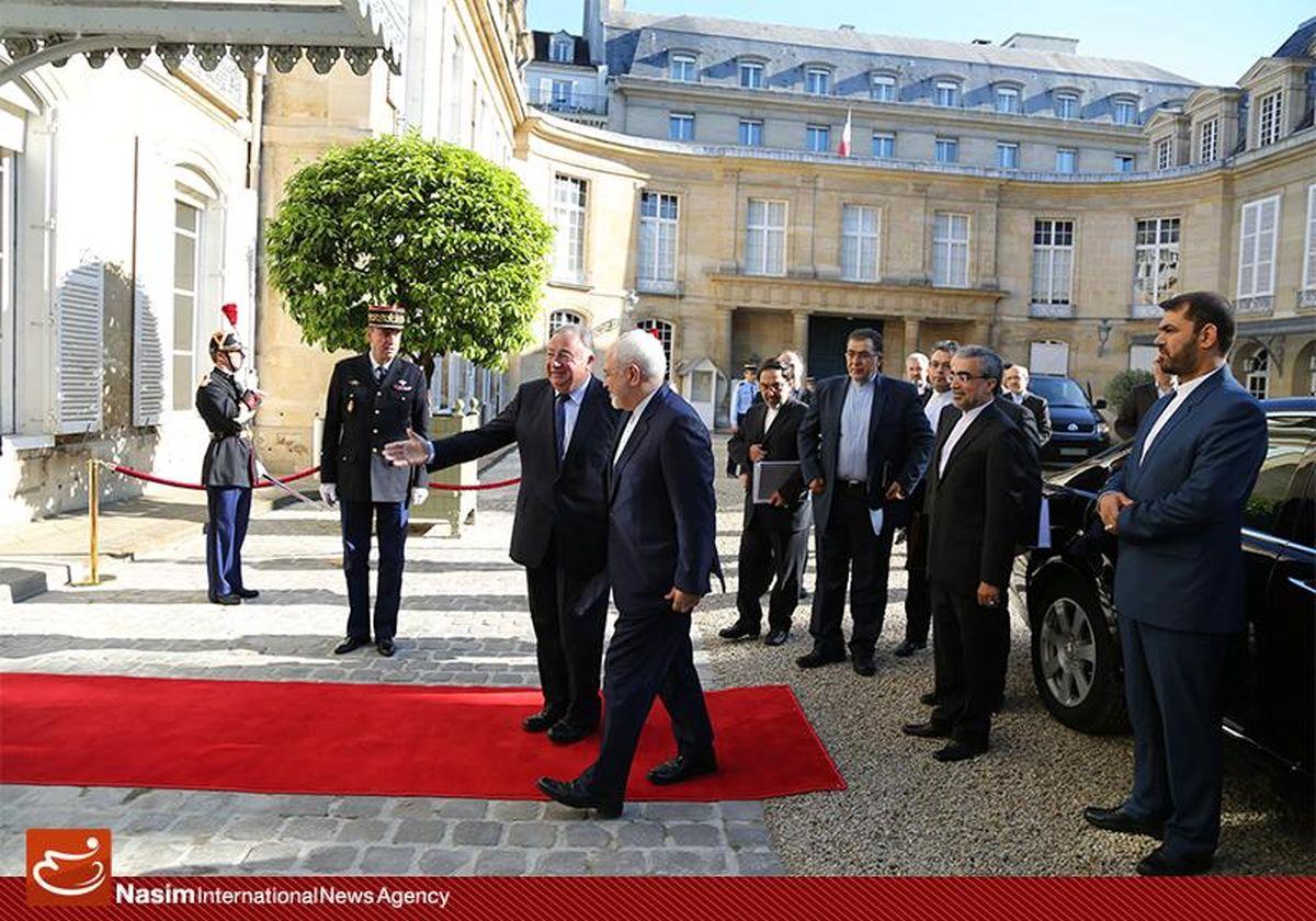 دیدار محمدجواد ظریف با ژرار لارشه رئیس سنا فرانسه