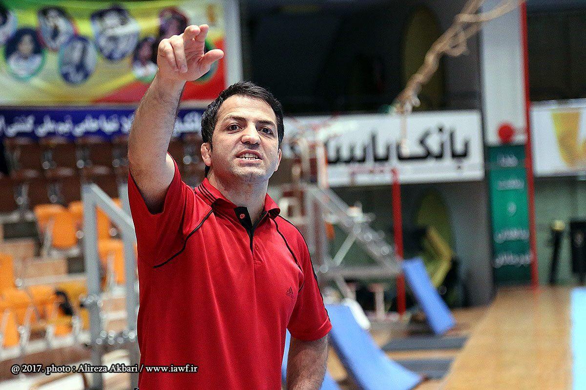 علی اشکانی: میخواهیم آبروی کشتی فرنگی ایران دفاع کنیم/ هیچ حریفی را دستکم نمیگیریم