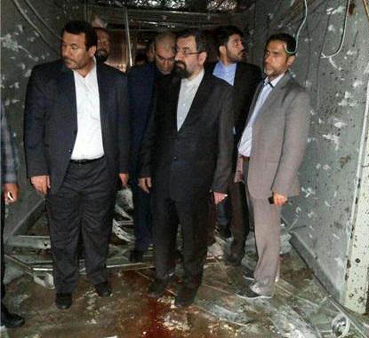 محسن رضایی از محل حادثه تروریستی در ساختمان مجلس بازدید کرد + عکس