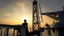 بلومبرگ: بهای جهانی نفت به بشکه ای ۹۰ دلار می رسد