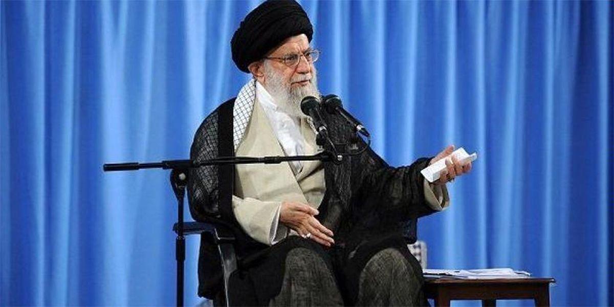 رهبر انقلاب: وقتی یک چیزی مصوبهی سران کشور هست، آدم باید با چشم خوشبینی به او نگاه کند