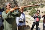 تهدید مسلحانه نمایندگان مجلس توسط حامیان تاجگردون!