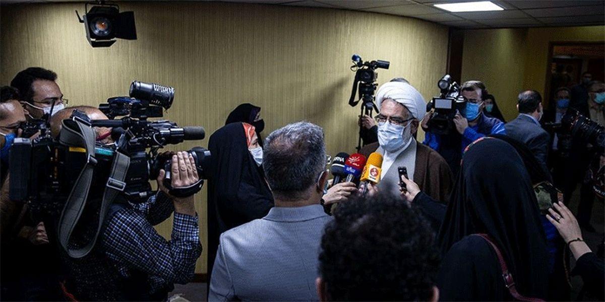 مصوبات ستاد ملی مقابله با کرونا ضمانت اجرایی داشته باشد