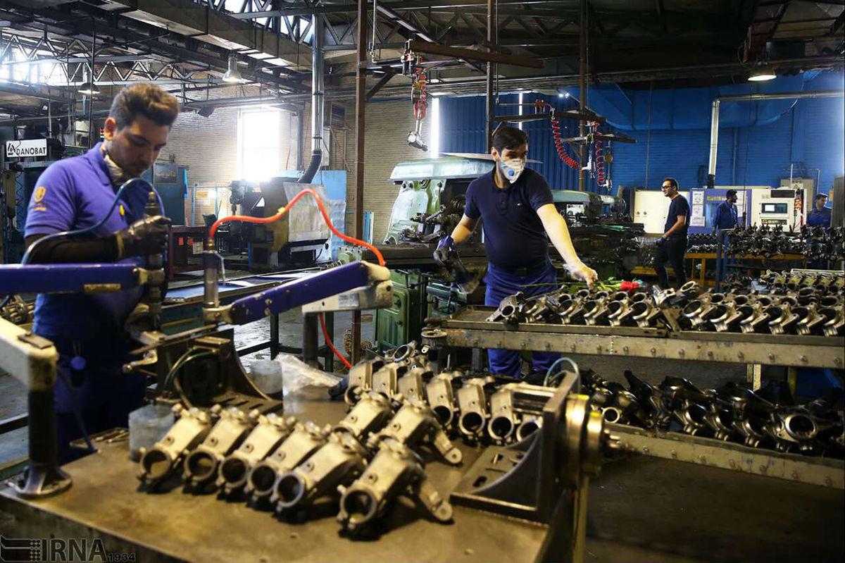 چرا تولید خودرو در ایران پرنوسان است؟