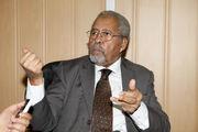 رئیس جمعیت علمای مسلمین الجزایر: تلاش برای تغییر مذهب مسلمانان بیفایده است